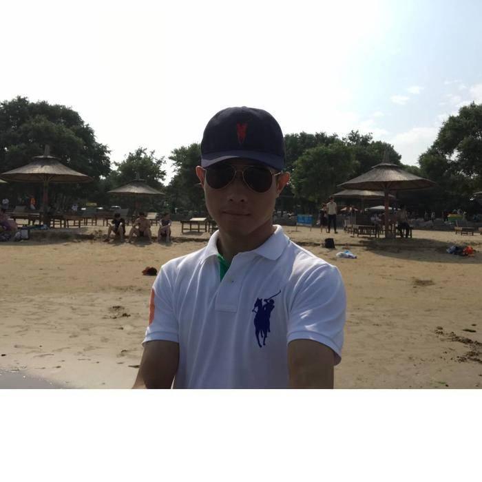 Derek_Zhan...